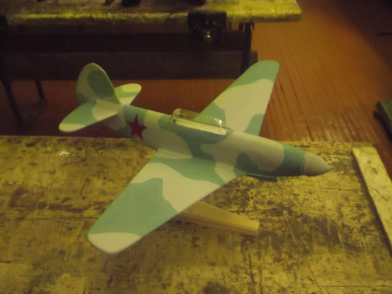Rc самолет из потолочки своими руками